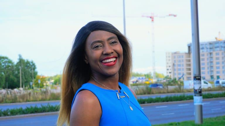 Josephine-Atanga-CEO-at-JEHOM-Driving-School-Women-Design-For-Success-African-American-entrepreneur-in-finland-helsinki-nursing-acarda-uas-holistic-health